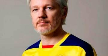 Julian Assange Tweets Out Cryptic Chess Game One Day After Receiving Ecuadorian Citizenship (Updated)