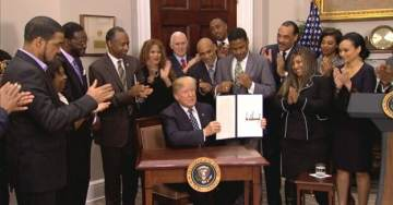 Video=> Reporter Yells 'S***hole' at President Trump at MLK Day Proclamation Signing, April Ryan Repeatedly Yells, 'Are You a Racist?'